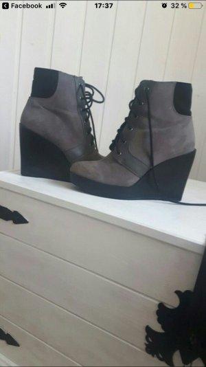 Zara Tacones altos negro-gris