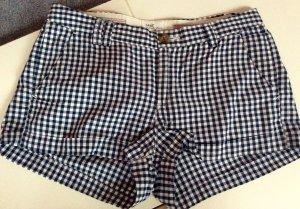 kurze Stoff-Hotpants perfekt für den Sommer