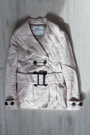Kurze Trech-Jacke von Zara