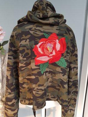 Kurzer Camouflage-Sweater Zara Gr.L