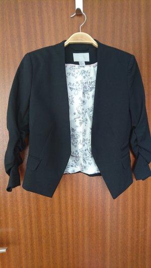 kurzer H&M schwarzer Blazer - wie neu!