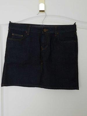 Kurzer Jeansrock von Zara in dunkelblau