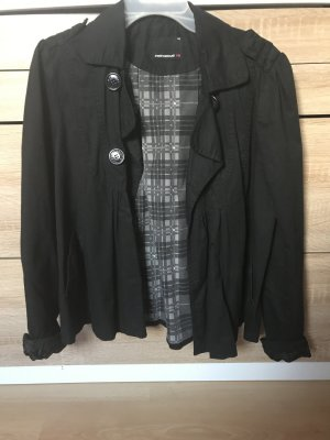 Fishbone Short Coat black