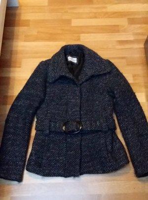 kurzer Mantel mit Gürtel in schwarz-weiß von Clockhouse Gr. 38