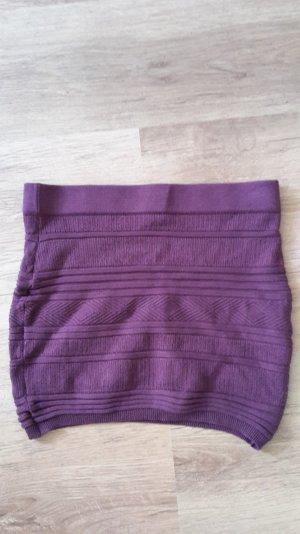 Kurzer Minirock in einem dunklen Violette(purpur), Größe M