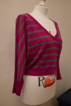 Kurzer Pullover von Guess in pink/grau gestreift