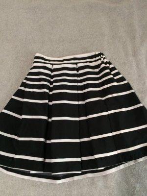 Plaid Skirt black-white