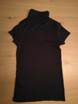 Kurzer Rollkragen-Pullover