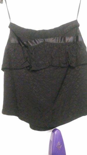 Kurzer schwarzer Falten LEO Rock von Primark London