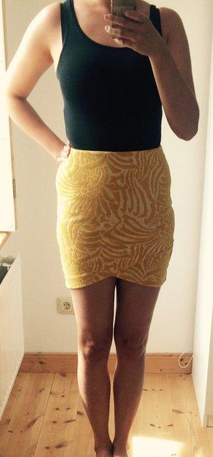 Kurzer, sommerlicher, gelber Rock von H&M in Größe S