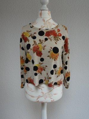 kurzer Sweater mit Blumen, cropped top von Zara