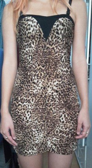 kurzer trägerloses Kleid mit Leo Print