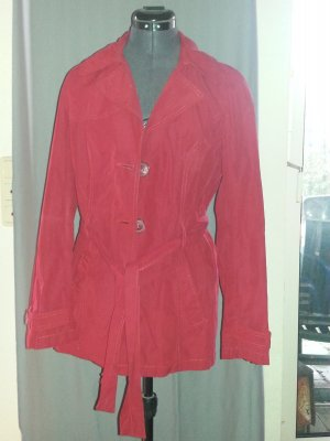 kurzer Trenchcoat in rot