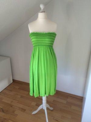 Kurzes Bandeaukleid von Zara grün