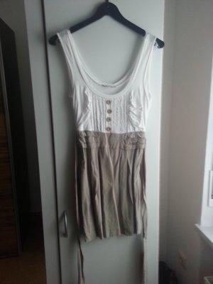 Kurzes Beig-weißes Kleid