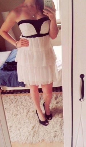 Kurzes Black & White Dress