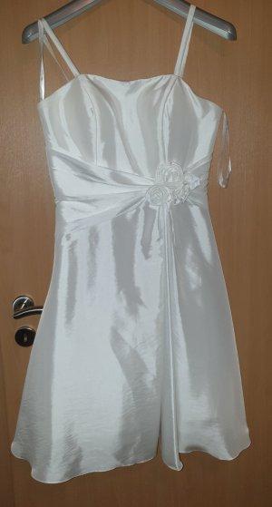 Magic Nights Wedding Dress white