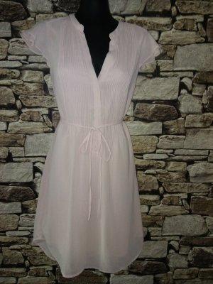 Kurzes Kleid aus luftigem Chiffon , doppellagig .