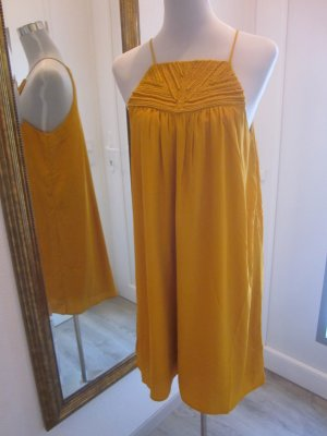 Kurzes Kleid Curry Applikation vorne Gr 44