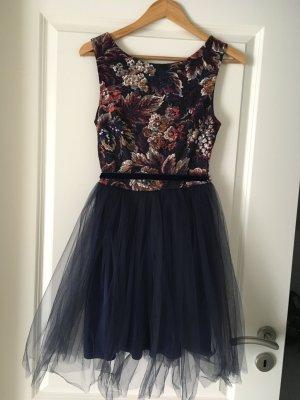 Kurzes Kleid festlich Tüll Blumen