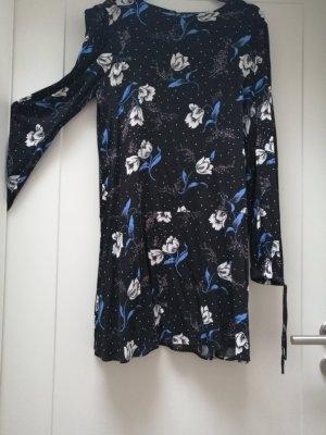 Kurzes Kleid gemustert
