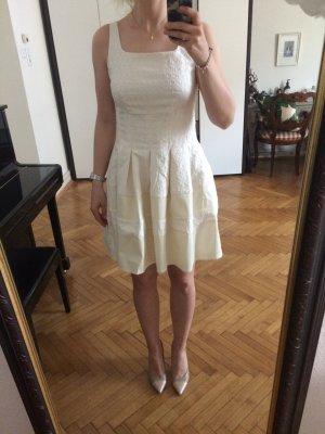 Kurzes Kleid, Gr M, neu mit Etikett