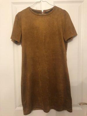Kurzes Kleid in Größe M
