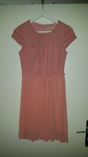 Kurzes Kleid in Rosa in Größe S