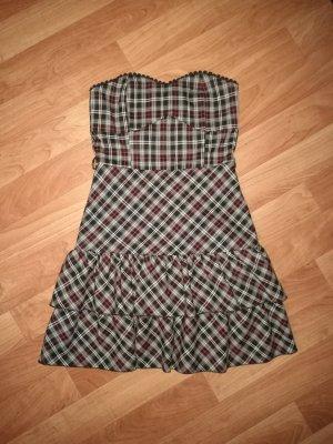 Kurzes Kleid, Karomuster