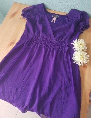Kurzes Kleid*LIPSY*Lila*Größe 38