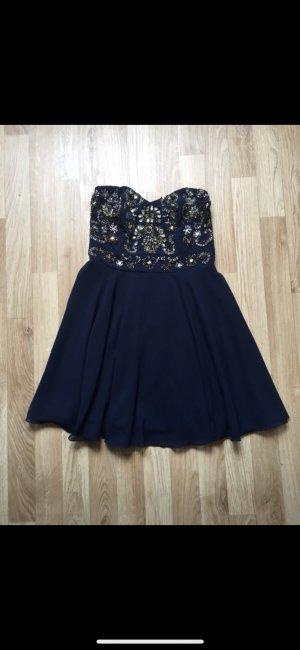 Kurzes Kleid mit Glitzerdetails