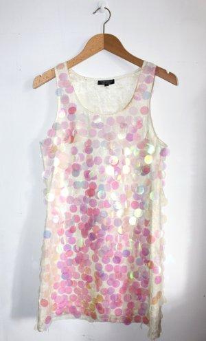 kurzes Kleid mit großen Pailletten