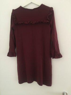 Kurzes Kleid mit Volants von Zara