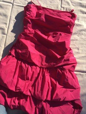 kurzes Kleid//Volants//Vero Moda