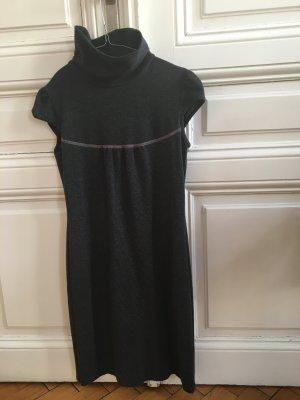 Kurzes Kleid von COMMA