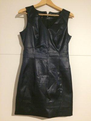 Kurzes Kleid von Exté