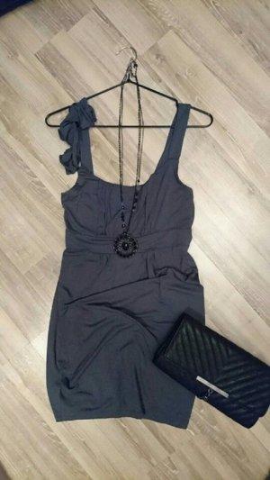 Kurzes Kleid von Only in 36