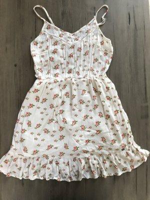 Kurzes Kleid von SuperDry