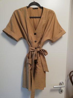Kurzes Kleid von Zara M