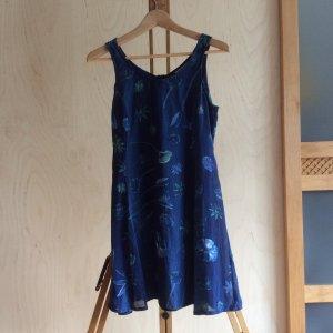 Kurzes, luftige Sommerkleidchen von BamBoo in Größe 40