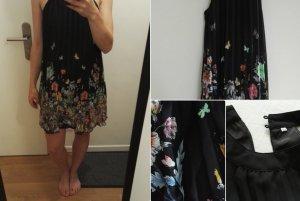 Kurzes Neckholder-Kleid mit Blumenprint