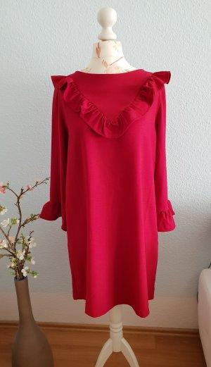 kurzes, pinkes Kleid mit Rüschen von Mango