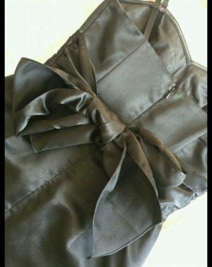 Kurzes schwarzes kleid Laona schulterfrei