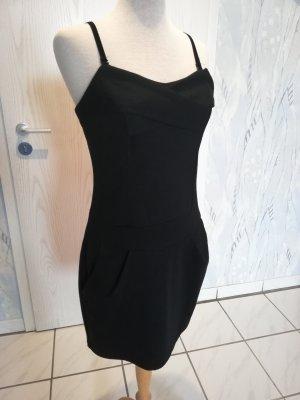 Kurzes schwarzes Kleid von Vero Moda