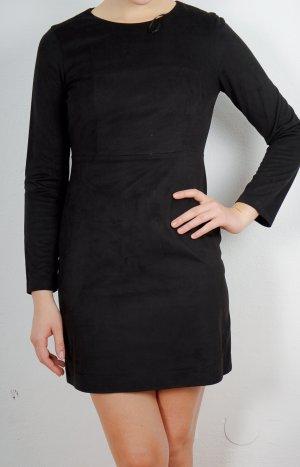 Kurzes schwarzes Kleid von Zara