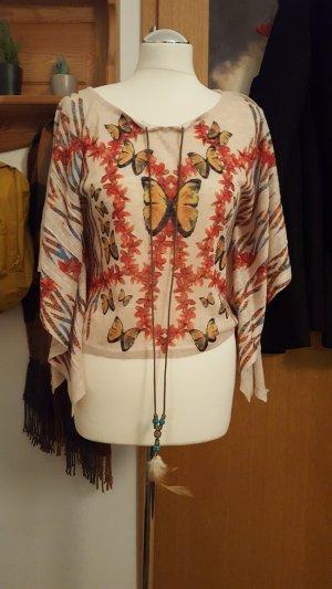 kurzes Shirt mit Fledermaus-Ärmeln und Perlenband