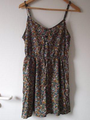 kurzes Sommerkleid Größe 38