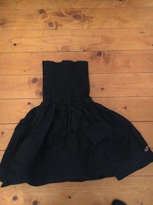kurzes Sommerkleid ohne Träger