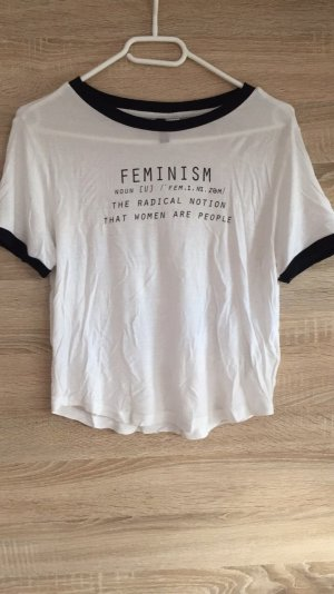 Kurzes T-shirt
