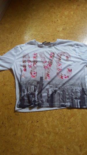 kurzes t-shirt mit Aufschrift